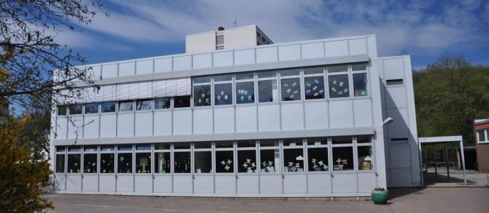 Grundschulgebäude
